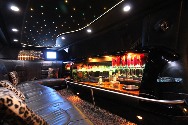 8-passenger-cadillac-limousine-interior-2